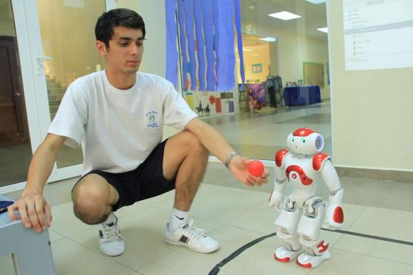 Programa de Robotica, Escuela Santa Maria del Valle ESMV